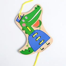 Шнуровка «Мисс Крокодил» 16×16.7×0.3 см, по лицензии СВИНКА ПЕППА