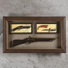 Изделие сувенирное в раме: ружье, мушкет, нож 80х48 см