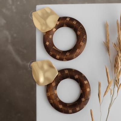 """Серьги ассорти """"Ваканда"""" узор, круг и мятый диск, цвет бежево-коричневый в золоте"""