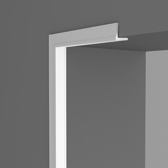 Угловой плинтус 2,2х2,2х200 см, D006/80