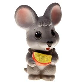 Резиновая игрушка «Мышонок с сыром»