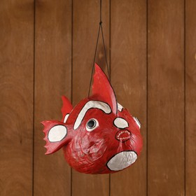 Сувенир из кокоса 'Рыбка красная' подвесной 33х25х25 см Ош