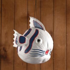 Сувенир из кокоса 'Рыбка белая' подвесной 34х26х26 см Ош