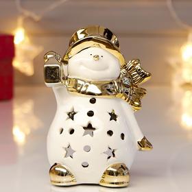 "Сувенир керамика подсвечник ""Снеговик в шляпе и шарфе с фонариком"" золото 12х6,5х8,5 см"