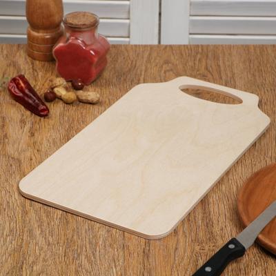 """Доска разделочная деревянная """"Скоба"""", ручка вырез, 33×19×0,6 см"""