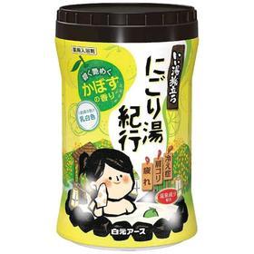 Увлажняющая соль для ванны Hakugen Earth «Банное путешествие», с восстанавливающим эффектом, с ароматом цитрусов, 600 г