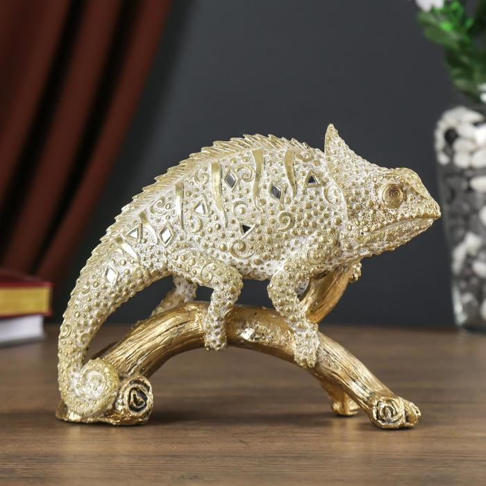 Сувенир полистоун Хамелеон на ветке песочное золото 16х6,5х20,5 см