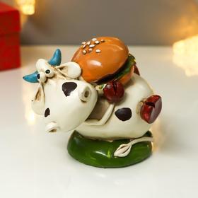 Копилка полистоун 'Бычок Гаврюша с гамбургером' 9,5х12х7,5 см Ош