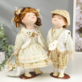 Кукла коллекционная парочка поцелуй набор 2 шт 'Катя и Саша в оливковых нарядах' 30 см Ош