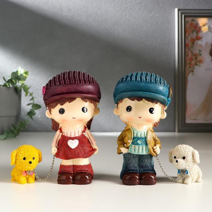 Сувенир полистоун МалышМалышка с щенком, в кепке МИКС 13х7х7,5 см
