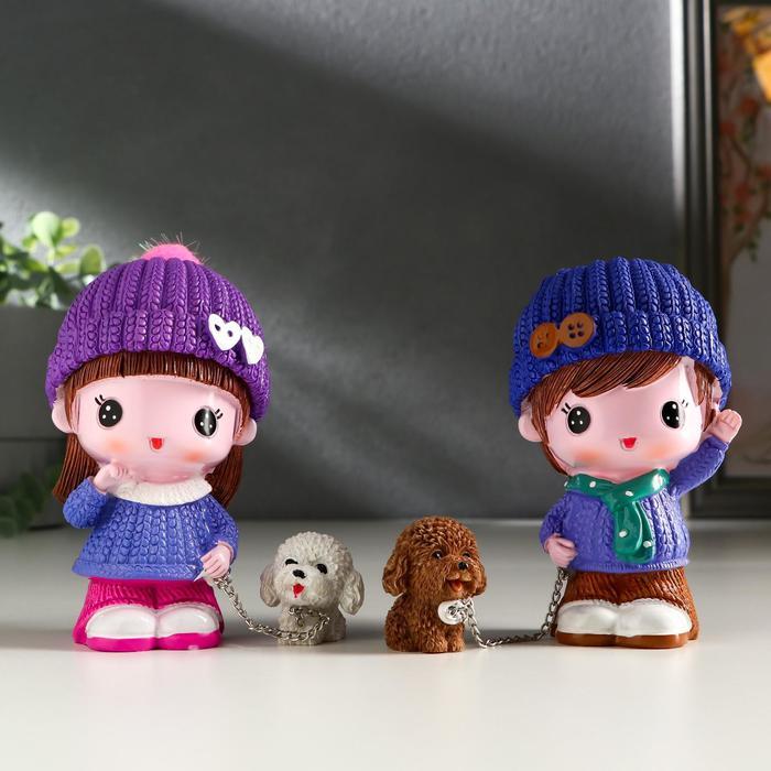 Сувенир полистоун МалышМалышка с щенком, в шапке МИКС 10,5х5,8х5,5 см