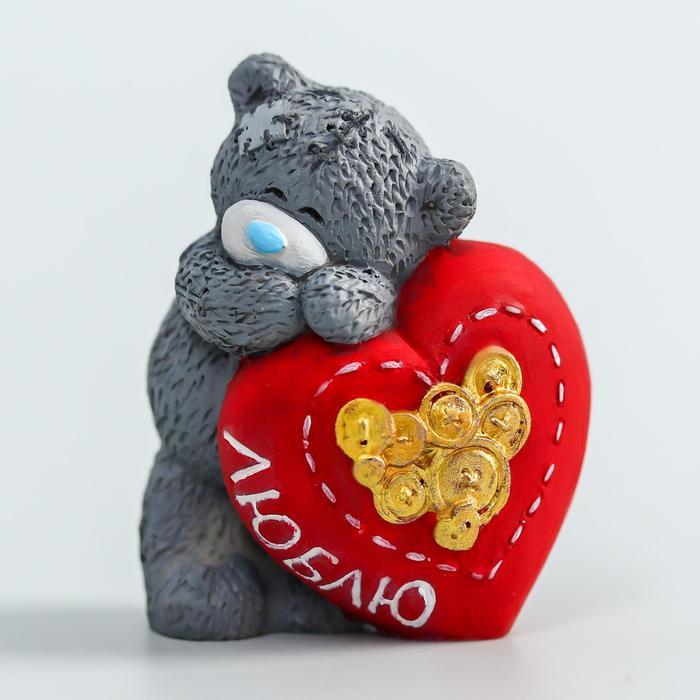 Сувенир полистоун Медвежонок Me to you влюблённый с большим сердцем - Люблю 4,5 см