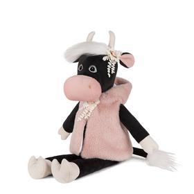 Мягкая игрушка «Коровка Даша в меховой накидке», 23 см