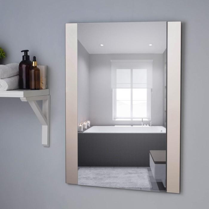 Зеркало , настенное, 67х52см, с декоративными вставками (цвет вставки бронза)