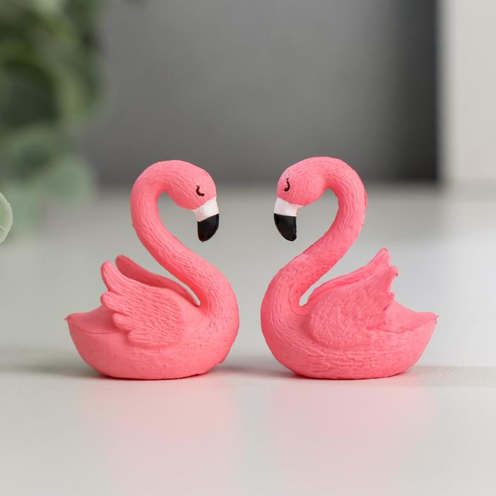 Сувенир пластик Розовый фламинго МИКС 3,4х2,2х1,7 см