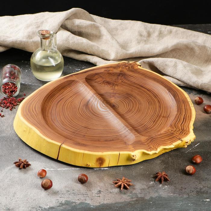 Блюдо из спила, два деления, 35х35 см, массив оливы