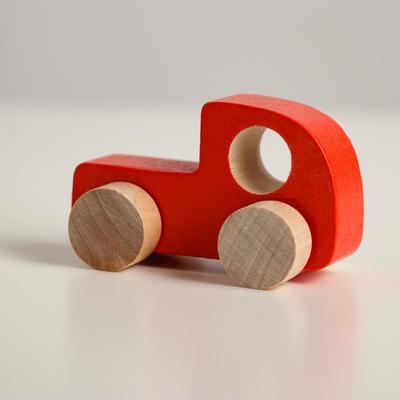Фигурка деревянная «Каталка» «Машинка Томик» красная