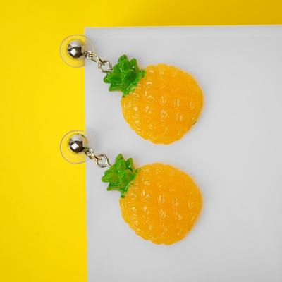 """Серьги пластик """"Вкусности"""" ананасик, цвет жёлто-зелёный"""