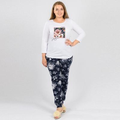 Костюм женский (футболка, брюки), цвет белый/синий/цветы, размер 46