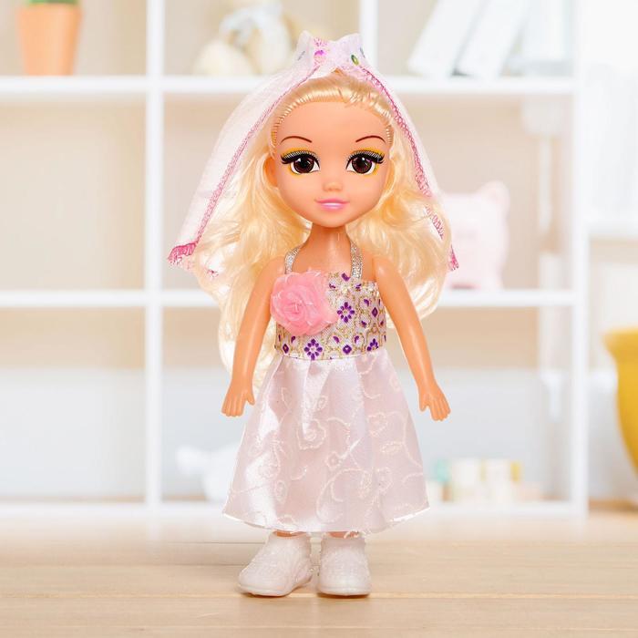 Кукла классическая Невеста в платье
