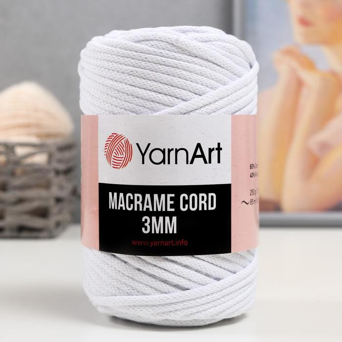 "Пряжа ""Macrame Cord"" 60% хлопок, 40% вискоза/полиэстер 3 мм 85м/250гр (751 белый)"