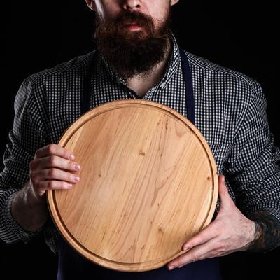 Доска для пиццы, d=31х1,5 см, массив ольхи - Фото 1