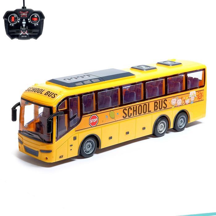 Автобус радиоуправляемый работает от батареек, МИКС
