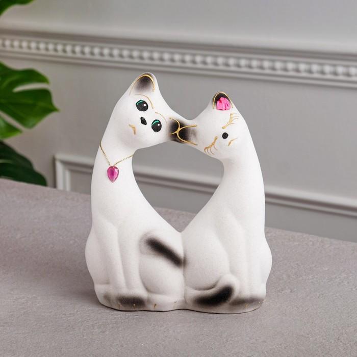 Копилка Влюбленная пара, покрытие флок, белая, 20 см