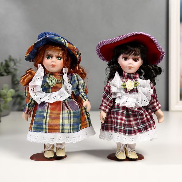 Кукла коллекционная керамика Малышка Зоя в клетчатом платьеМИКС 20 см
