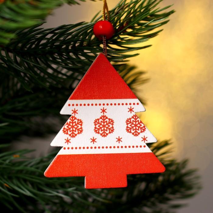 Подвеска новогодняя деревянная «Зимняя ель» цвета МИКС