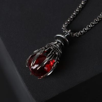 """Кулон-амулет """"Помпеи"""" символ, цвет красный в чернёном серебре, 70 см - Фото 1"""
