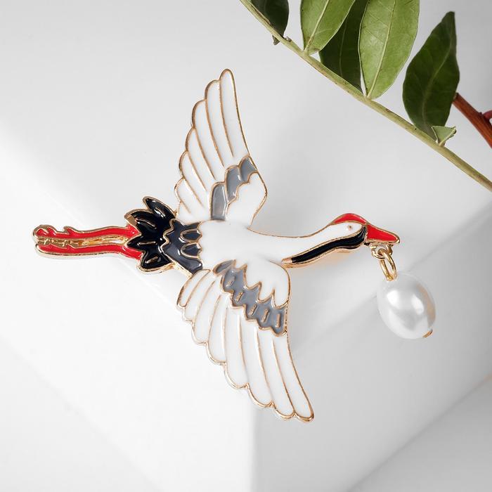 """Брошь """"Аист"""" с жемчугом, распахнутые крылья, цветной в золоте"""