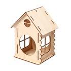 Кормушка для птиц «Изба бревенчатая», 20 × 17 × 16 см - Фото 1