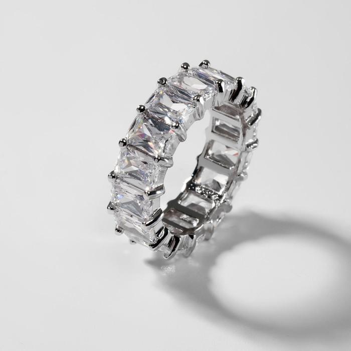 """Кольцо """"Богатство"""" квадратные кристаллы, цвет белый в серебре, размер 18"""