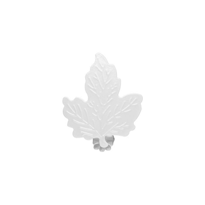Клипса для штор на защёлке «Кленовый лист», цвет белый