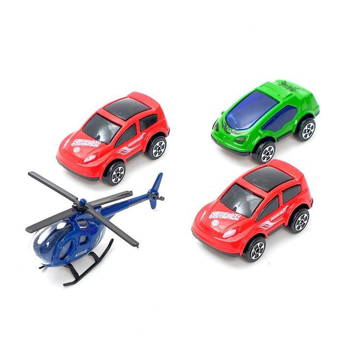 Парковка «Городская станция», с 3 металлическими машинами и вертолетом