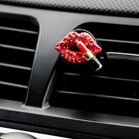 Украшение в дефлектор автомобиля 'Губы с помадой' Ош