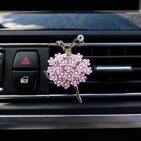 Украшение в дефлектор автомобиля 'Балерина' Ош