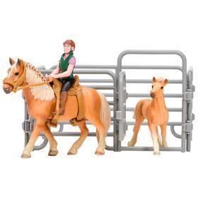 Набор фигурок: Авелинская лошадь и жеребенок, наездник, ограждение-загон, инвентарь