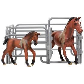 Набор фигурок: Ганноверская лошадь, жеребенок, ограждение-загон