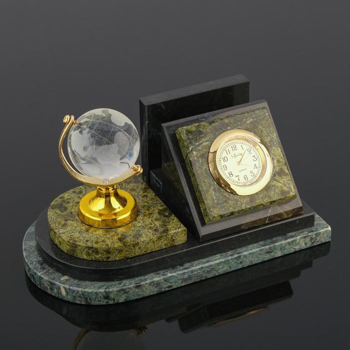 Визитница «Змеевик»: часы, глобус