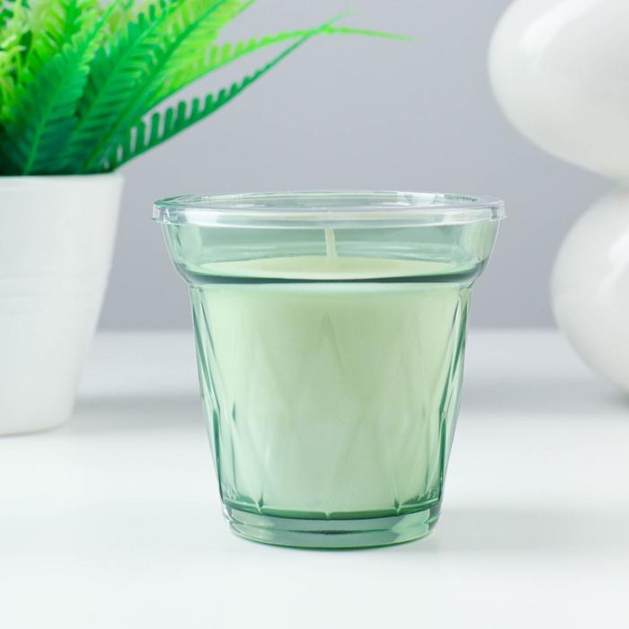 Ароматическая свеча в стакане ВЭЛЬДОФТ, утренняя роса, 8 см, 25 ч, светло-зеленый