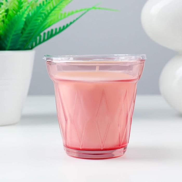Ароматическая свеча в стакане ВЭЛЬДОФТ, лесная земляника, 8 см, 25 ч, темно-розовый
