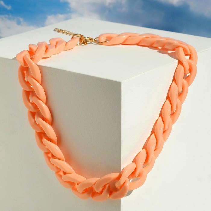 Колье Цепь диагональ, цвет персиковый, 45см