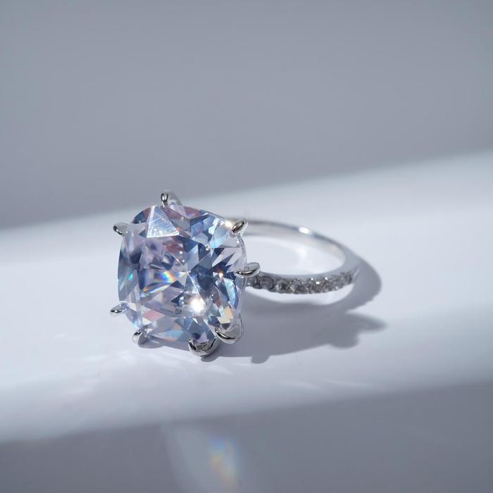"""Кольцо """"Блеск"""" узор, цвет белый в серебре, размер 19"""