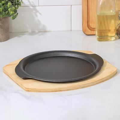 Сковорода «Круг. Восток», 26х22,7 см, с ручками, на деревянной подставке - Фото 1