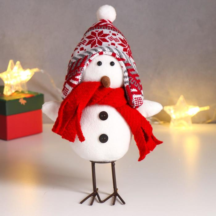 Кукла интерьерная Белый птенчик в шапке-колпаке с узорами и шарфике 23х8х15 см