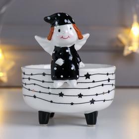 """Подсвечник керамика на 1 свечу """"Ангелочек в платье и колпаке"""" бело-чёрный 10х9х10,5 см"""