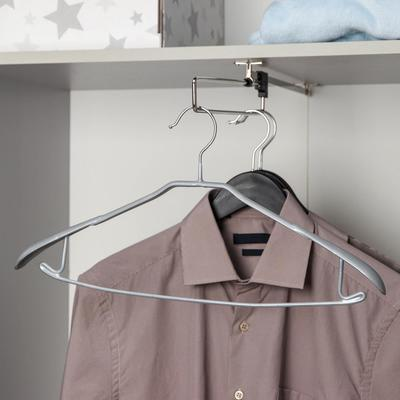Вешалка-плечики для одежды Доляна, размер 46-48, антискользящее покрытие, широкие плечики, цвет серый