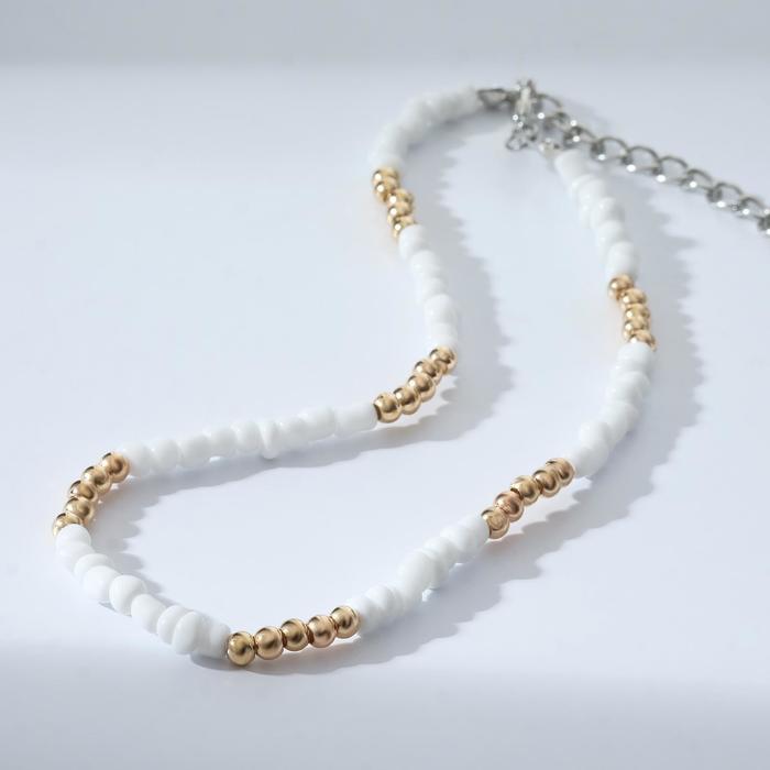 Колье Бисер спокойствие, цвет бело-золотой, 30 см